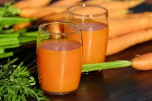 carrot-juice-1623079_1920